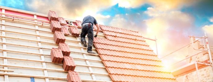 Les avantages d'une rénovation de toiture par un couvreur