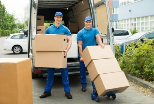Pourquoi déléguer son déménagement à des professionnels ?