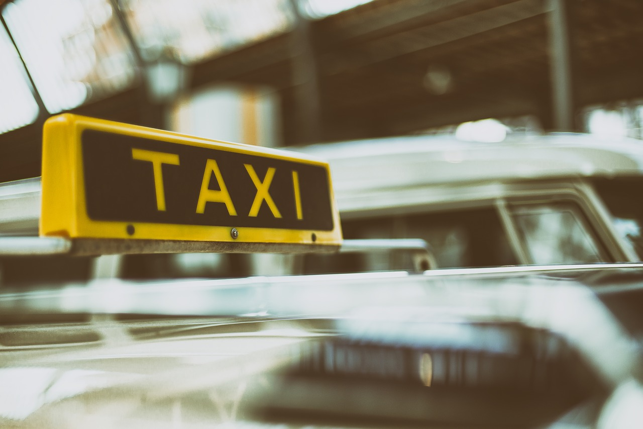 Les avantages d'un transport en taxi pour se rendre de l'aéroport Paris BVS à Disneyland Paris